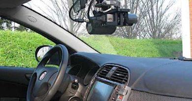Controllo velocità a bordo pattuglie forze ordine va segnalato come l'autovelox: possibili ricorsi contro multe