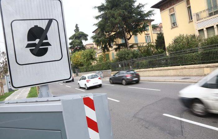 """Codice della Strada, Toninelli: """"Presto ok decreto su multe-autovelox"""""""